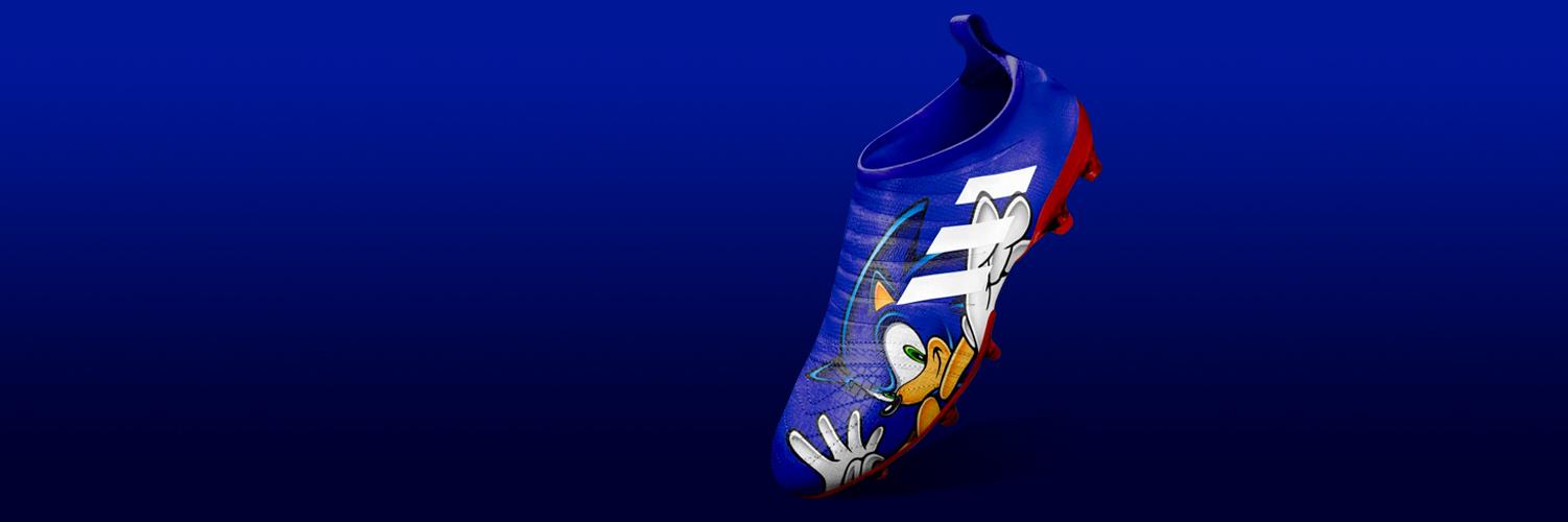 Adidas Glitch Virtual Heroes